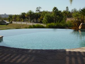 Vanishing Edge Pools #009 by Quality Custom Pools